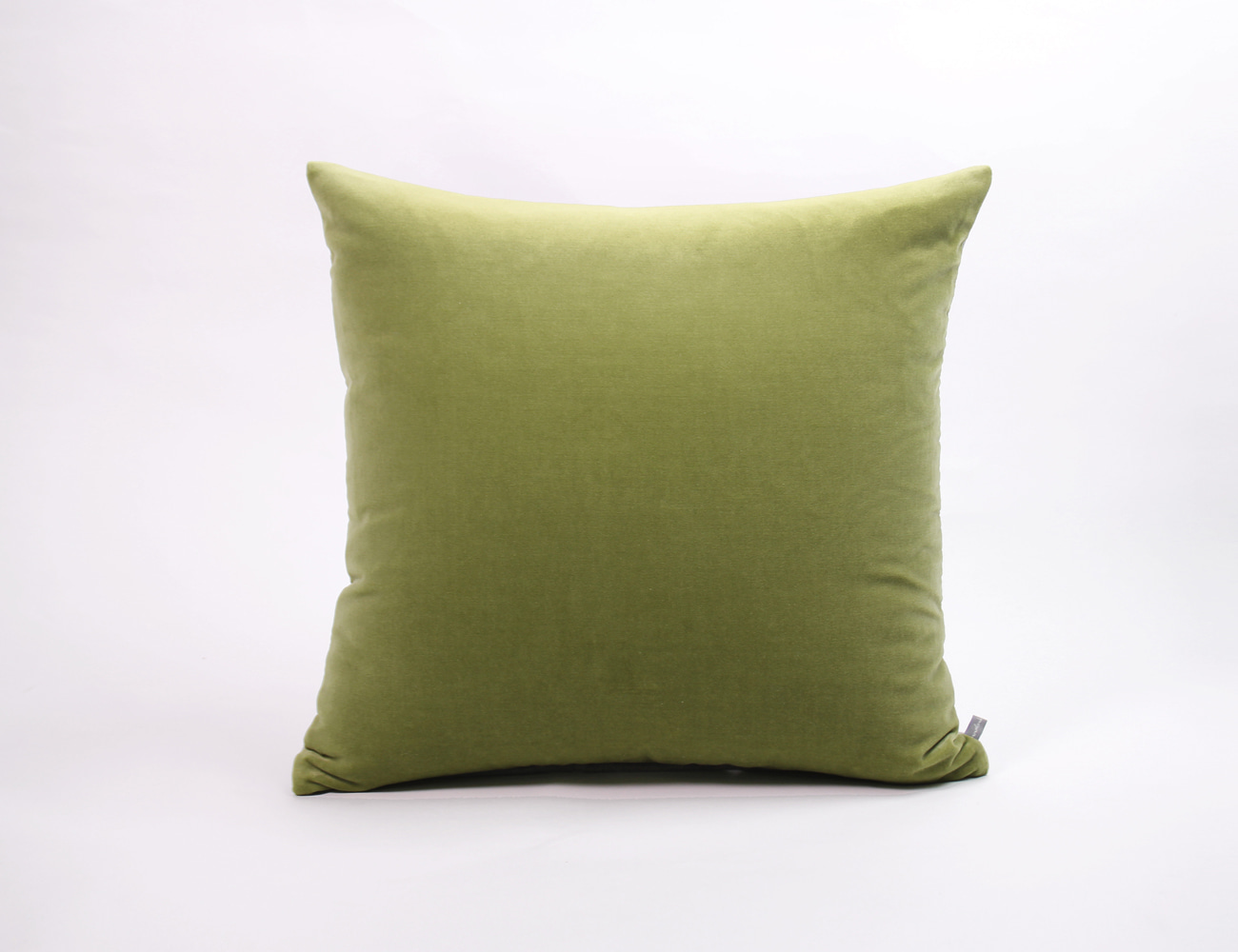 VELVET STITCH CUSHION_50x50 OLIVE
