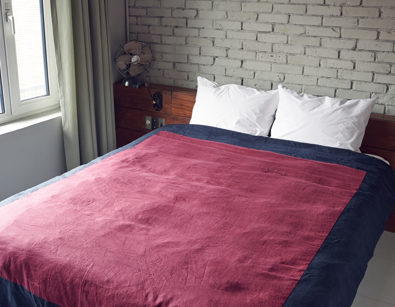 LINEN DUVET COVER QUEEN SET_BURGUNDY/NAVY