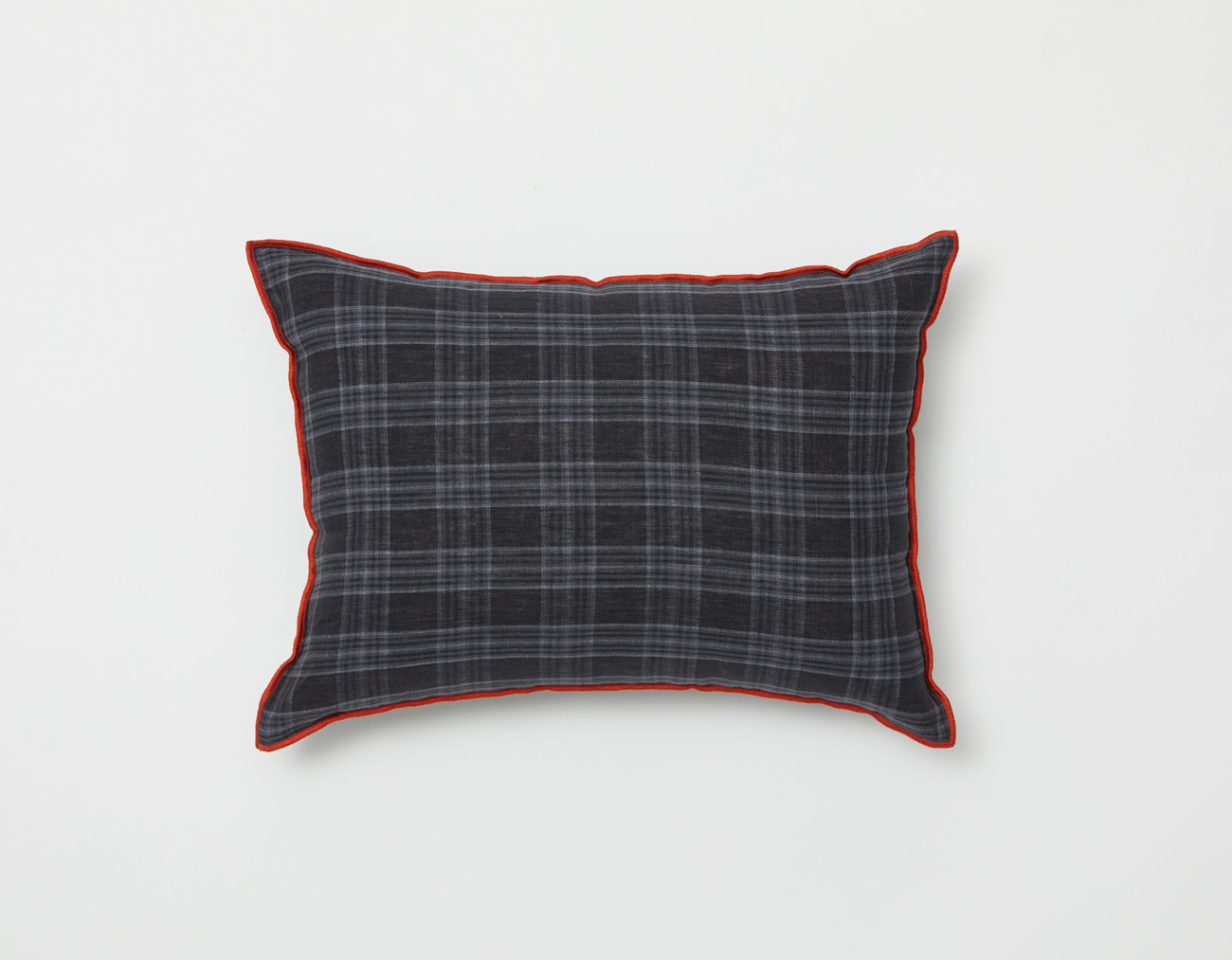LINEN CHECK CUSHION_RED OUTLINE